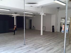 Voici notre salle de Pole Dance,
