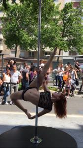 Pole Dance Addict Meylan et Voiron en représentation à Grenoble pour la fête des Tuiles
